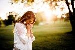 woman praying 1